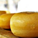 Frau Antje bringt Käse nach Moffenland – über Klischees, Fußball und Ethnophaulismus