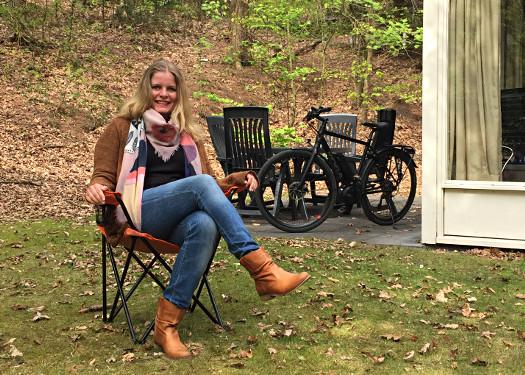 Sarah Renziehausen - Podcaststuhl