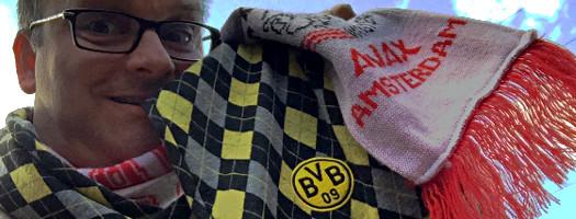 Oli mit Ajax- und BVB- Schal
