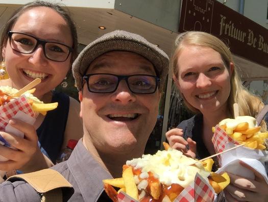 Eva Zimmermann,Oliver Hübner und Karoline Kneist mit Pommes Frites