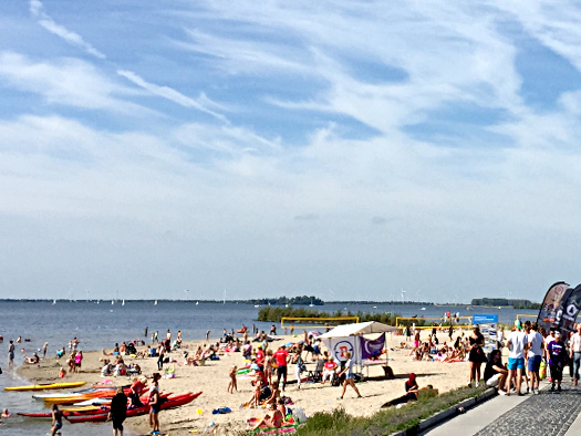 Met vakantie: viel los am Strand