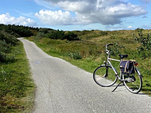 Ameland: mit dem Fahrrad durch die Dünen