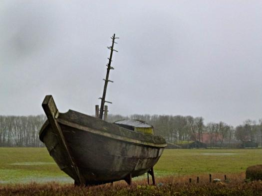 Schiff am Museum Schokland