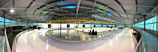 Panoramaaufnahme in der Ireen-Wüst-Eishalle in Tilburg