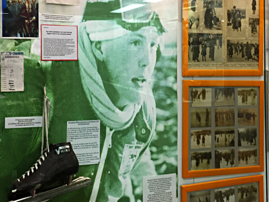 Ein zukünftiger König auf Kufen: Prins Willem Alexander bei der Elfstedentocht, Ausstellung Eislaufmuseum Hindelopen
