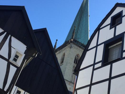 Fachwerk und Stadtkirche - Unna