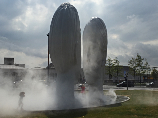 Brunnen LOVE von Jaume Plensa in Leeuwarden