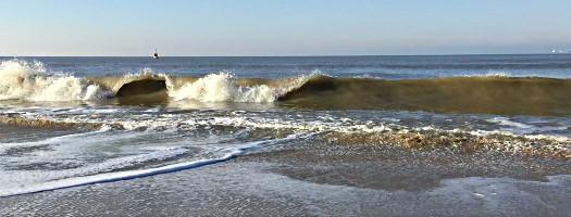 Wellen in Scheveningen
