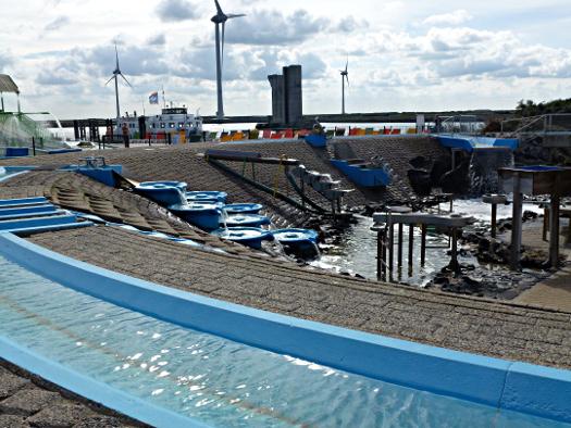 Wasserspielplatz im Deltapark