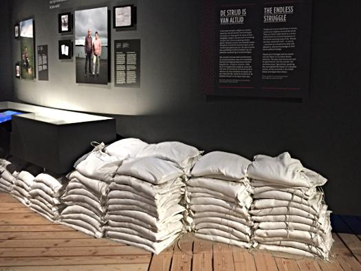 Sandsäcke im Watersnoodmuseum