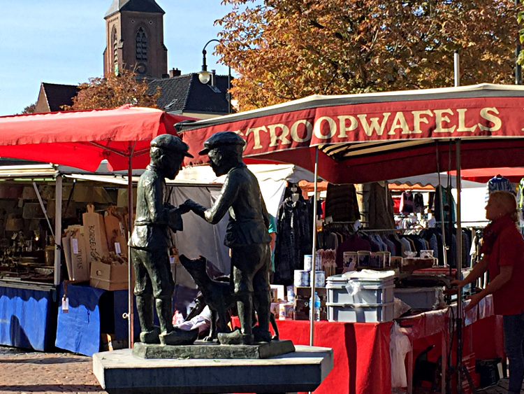 Marktjungen in Winterswijk: Knelis und Willem