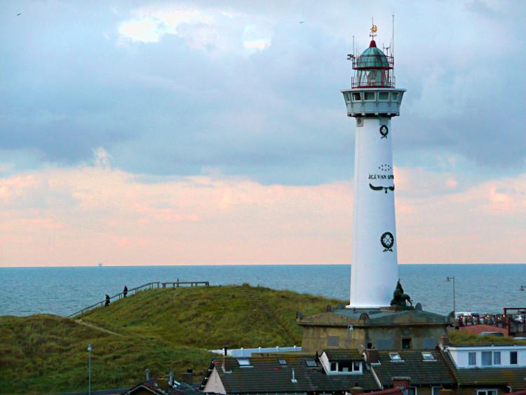 Leuchtturm Egmont aan Zee - Foto: Public Domain