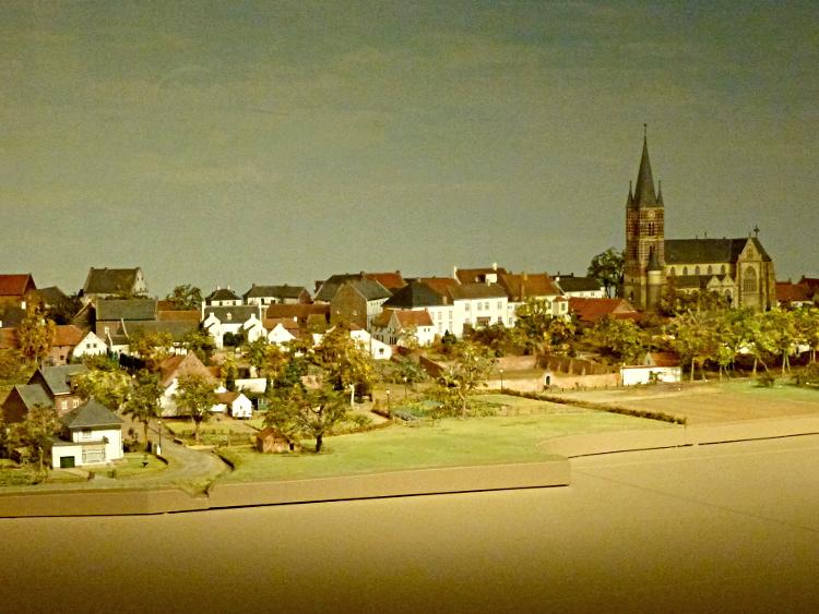 Modell der Stadt Thorn im Gemeentemuseum, Frans van den Berg und Theo van der Linden