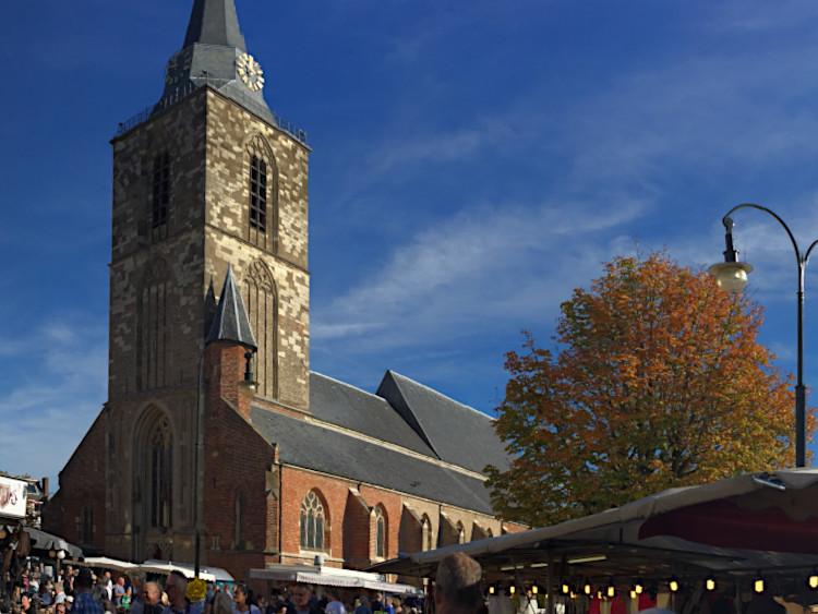 Kirchturm Winterswijk 750